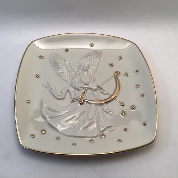 Mikasa Porcelain Gold Trim Holiday Angel Plate